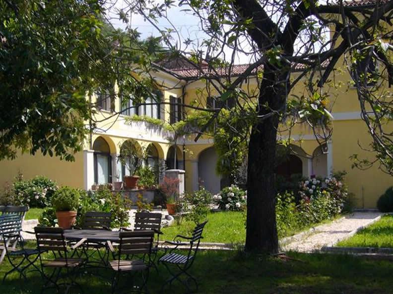 Image 0 - La Villa - B & B