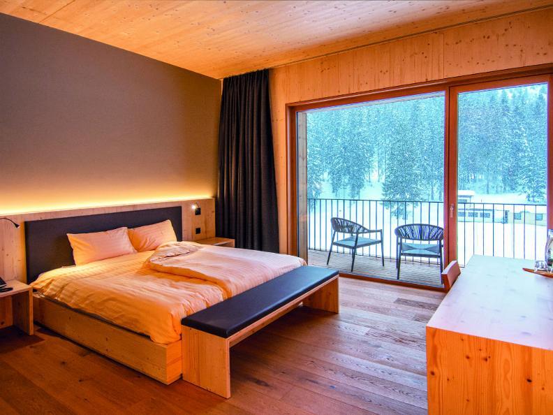 Image 0 - Campra Alpine Lodge & Spa