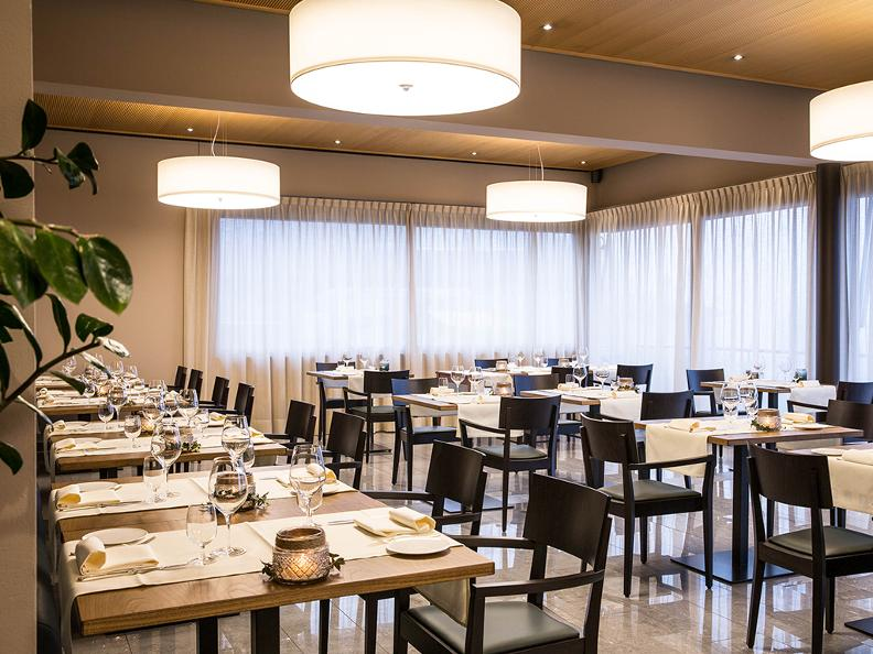Image 1 - Hotel Conca Bella, Restaurant & Wine-bar