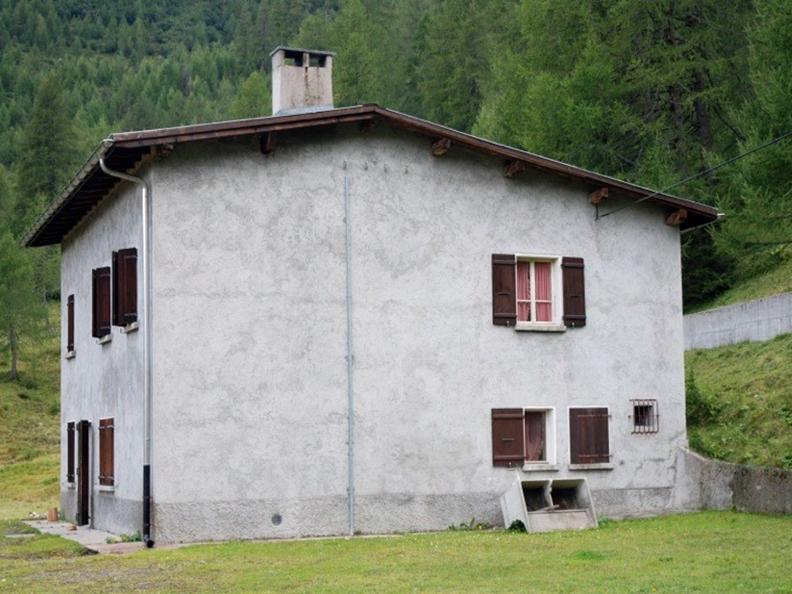 Image 0 - Casa Predasca