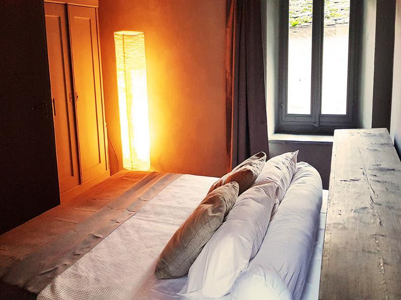 Image 3 - Do-Minus Guesthouse & Concept Store Gnosca