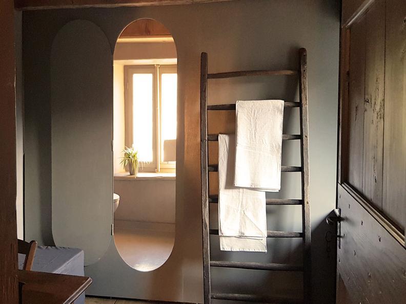 Image 2 - Do-Minus Guesthouse & Concept Store Gnosca