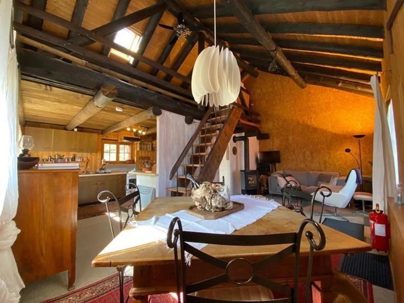 Image 9 - Tipico Chalet leventinese in un angolo di paradiso