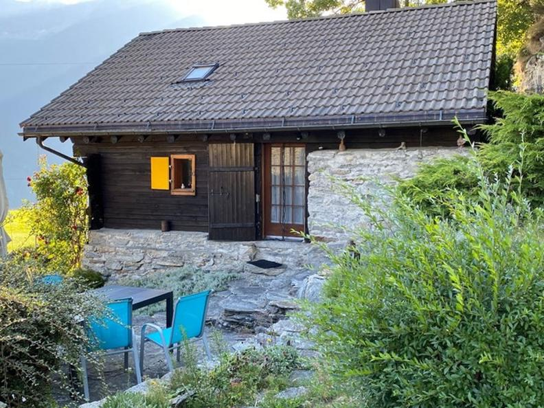 Image 18 - Tipico Chalet leventinese in un angolo di paradiso
