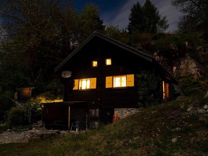 Image 25 - Tipico Chalet leventinese in un angolo di paradiso