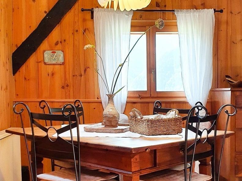 Image 4 - Tipico Chalet leventinese in un angolo di paradiso