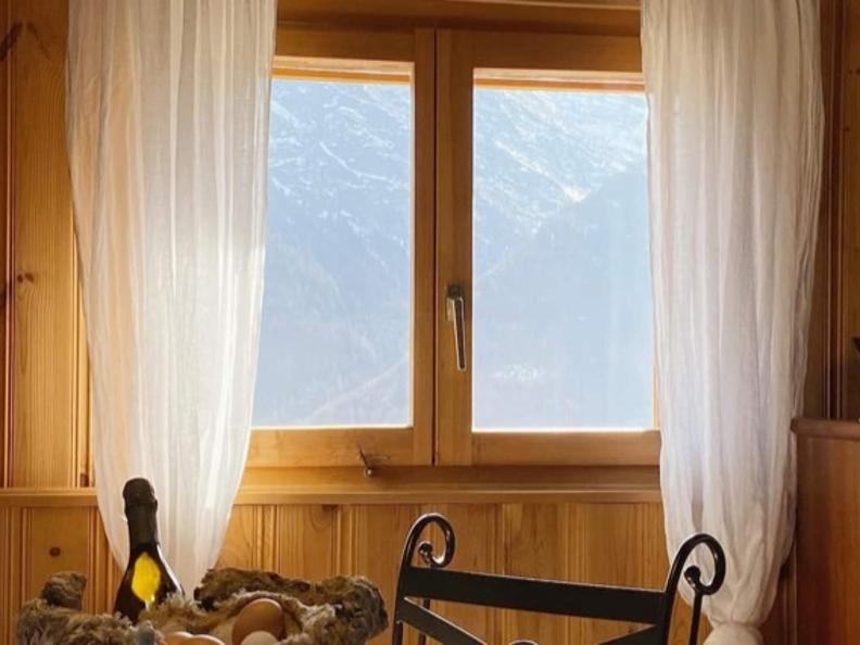 Image 5 - Tipico Chalet leventinese in un angolo di paradiso