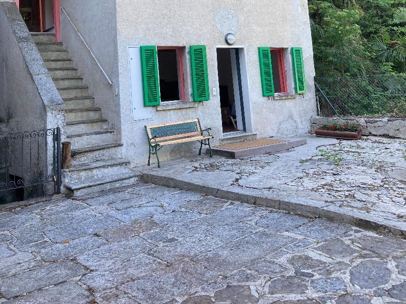 Image 1 - Salita ai Castelli, il vostro rifugio ai piedi del Castello Montebello