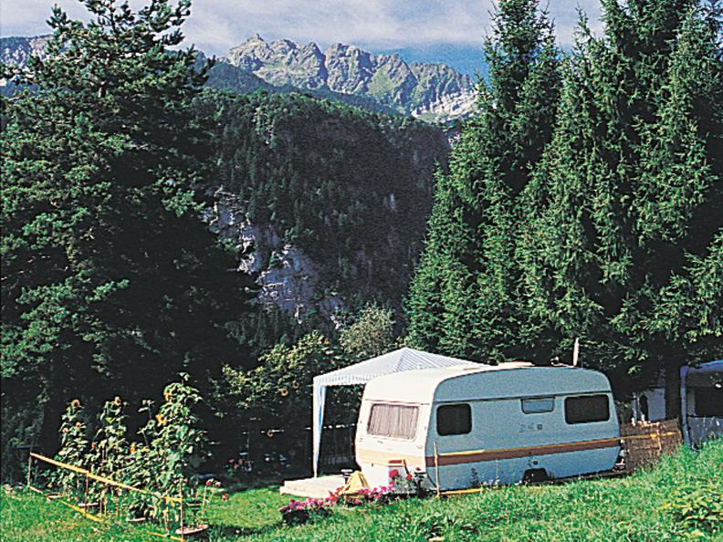 Image 0 - Camping Piantett