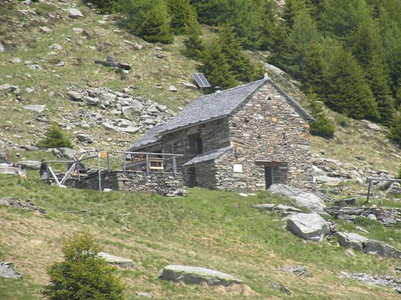 Image 1 - CHIUSO: Rifugio Prou