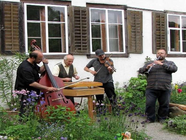 Image 2 - Festival di Musica Popolare Svizzera