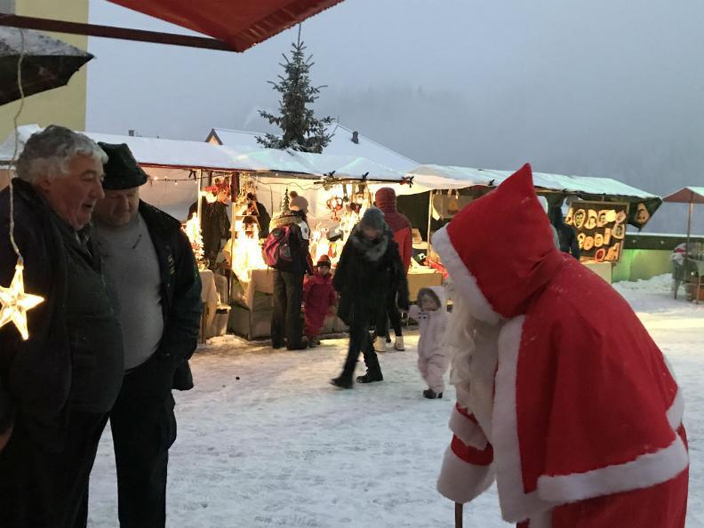 Image 1 - Christmas Market Airolo