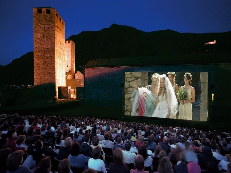 Image 0 - Cinema Openair Castelgrande 2019