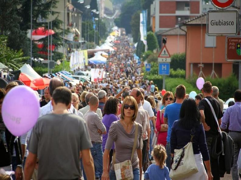 Image 5 - ANNULLATO: Strada in festa