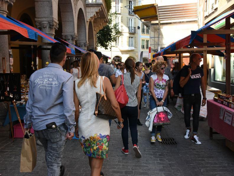 Image 0 - ANNULLATO: Strada in festa
