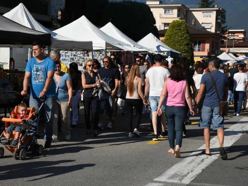 Image 8 - ANNULLATO: Strada in festa