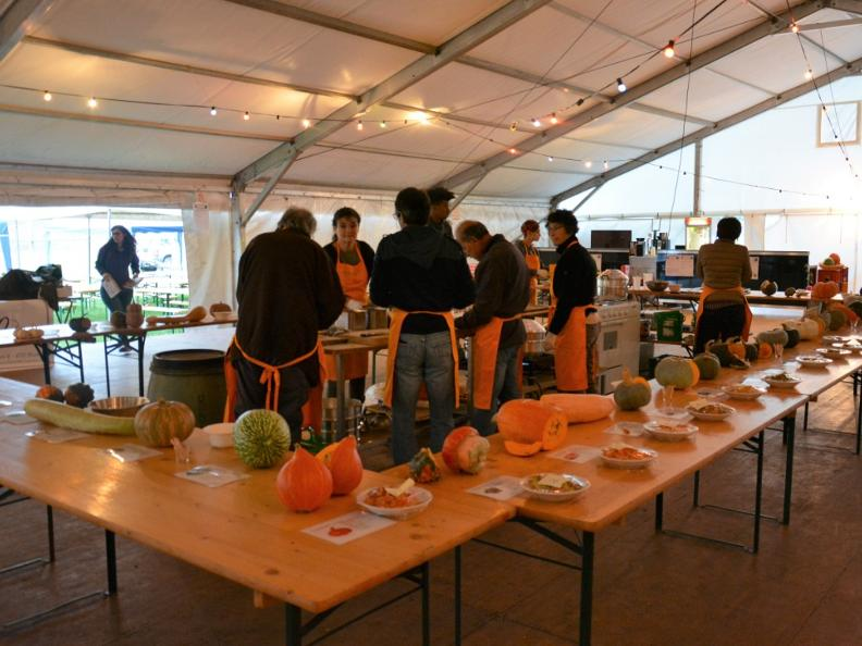 Image 3 - The Pumpkin market - 6th edition