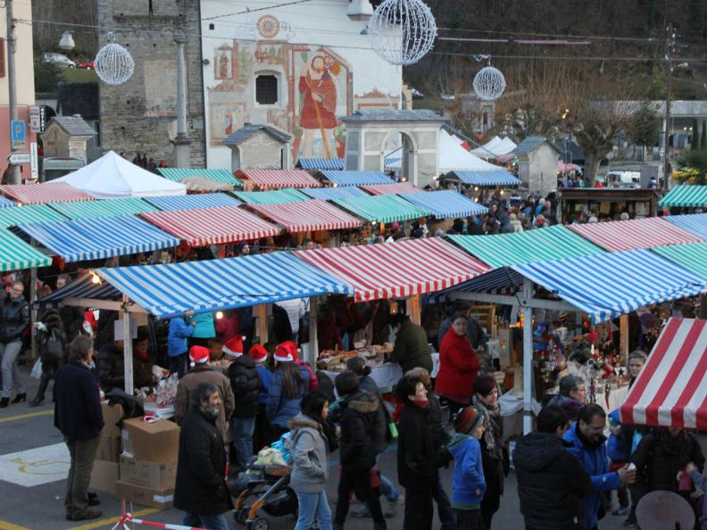 Image 0 - Christmas Market of Malvaglia