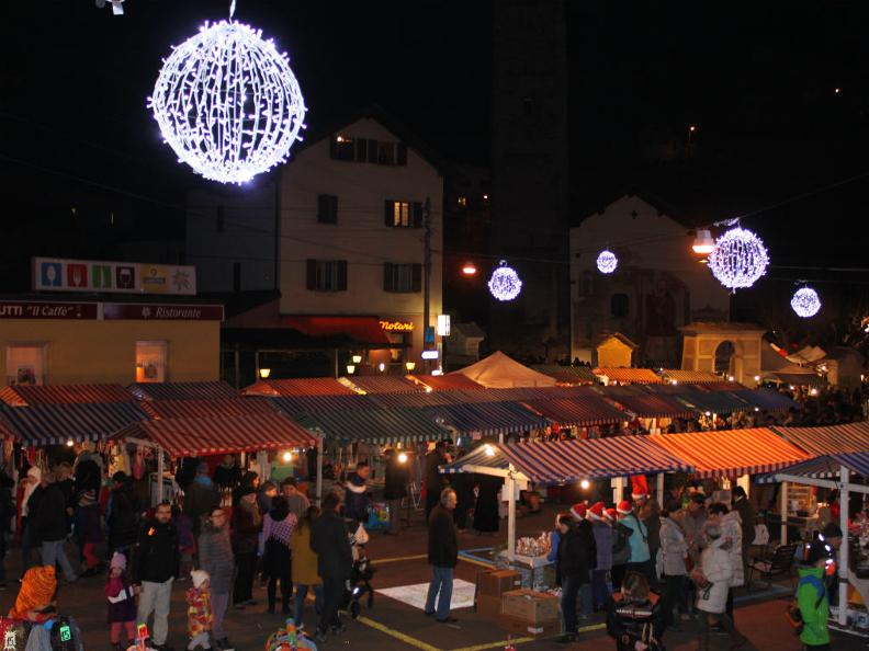 Image 4 - Christmas Market of Malvaglia