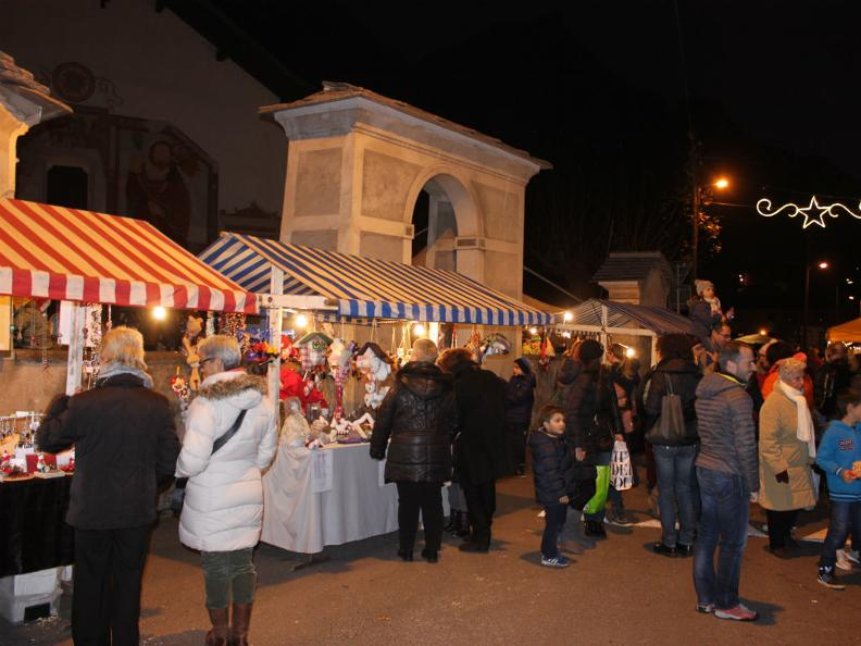 Image 3 - Christmas Market of Malvaglia