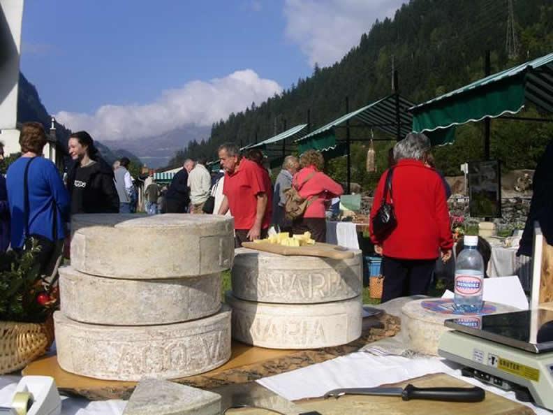 Image 4 - Landwirtschaft- und Käsefest im Leventinatal