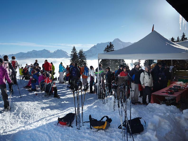 Image 0 - Tour gastronomique en raquettes à neige