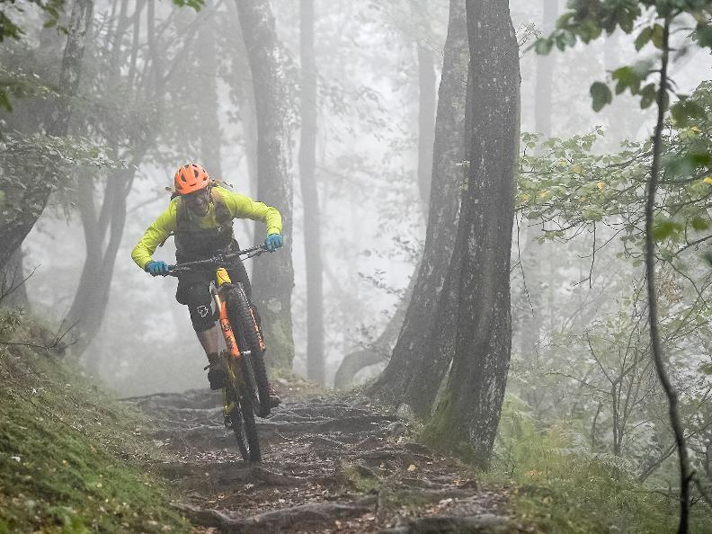 Image 5 - Ticino Freeride: two wheels, one love!