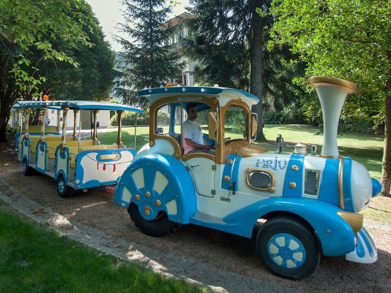Image 1 - SUSPENDUE: Artù, le petit train des Châteaux