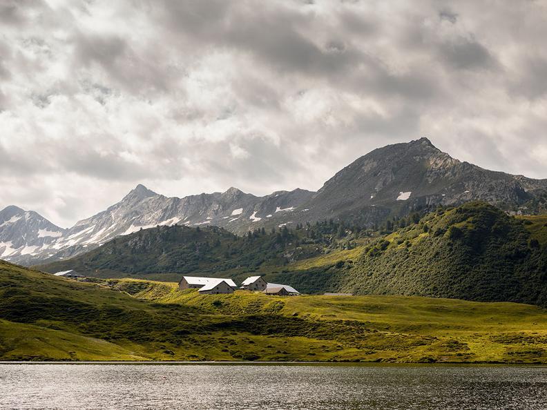 Image 0 - Lago Cadagno