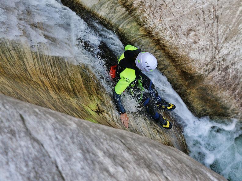 Image 2 - purelements® ticino – canyoning