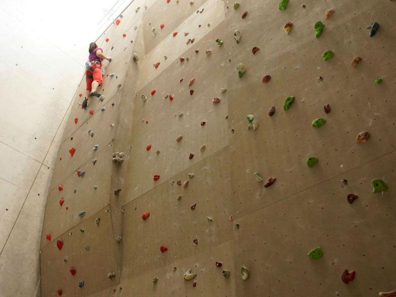 Image 3 - Palestra di arrampicata Audan