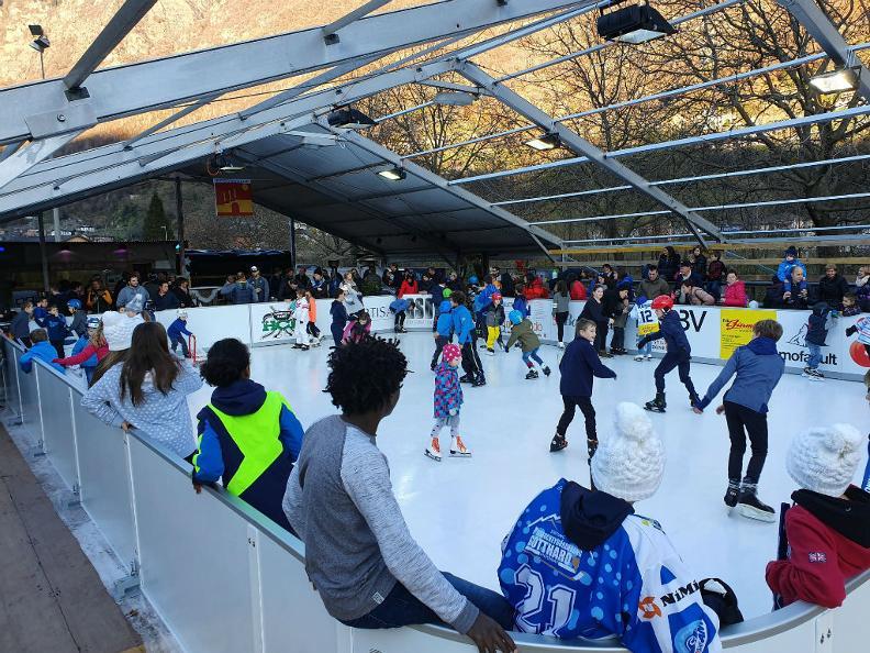 Image 0 - CHIUSO: Pista di pattinaggio Orino Arena