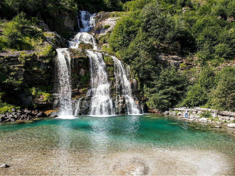 Image 0 - La cascade de la Piumogna