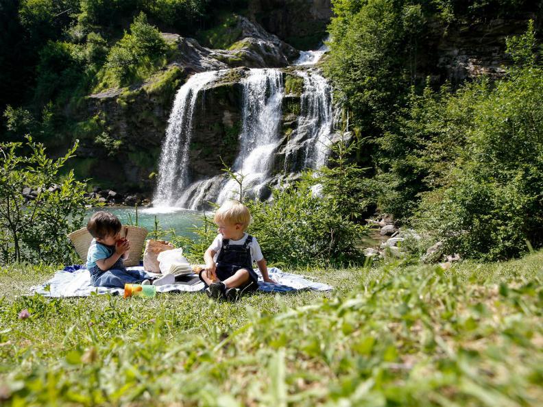 Image 3 - Der Piumogna-Wasserfall