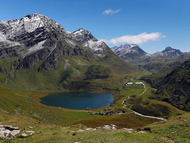 Image 3 - Lago Cadagno