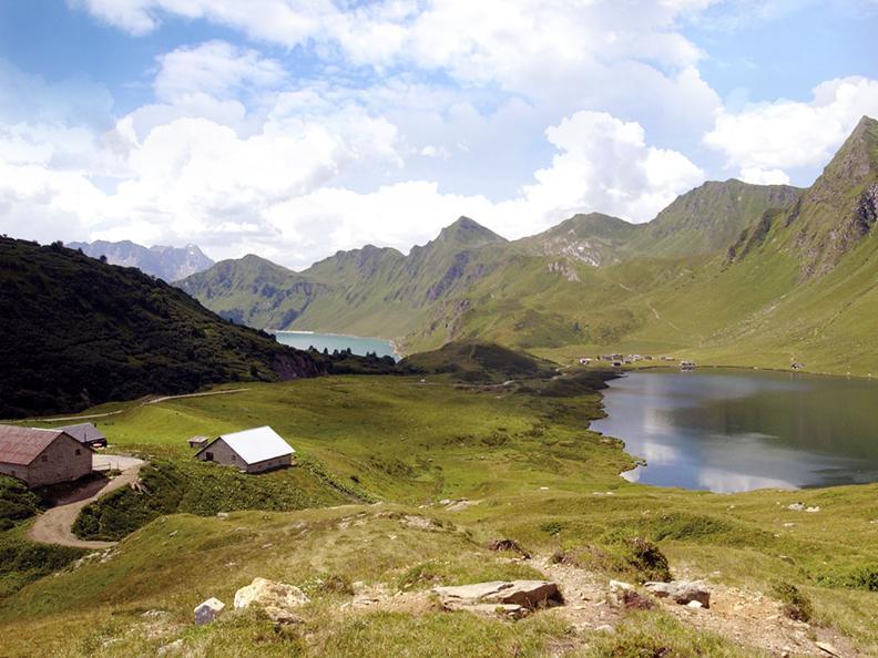 Image 2 - Lago Cadagno