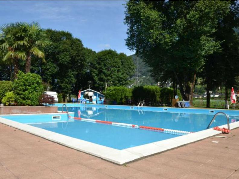 Image 0 - Piscina Camping Isola