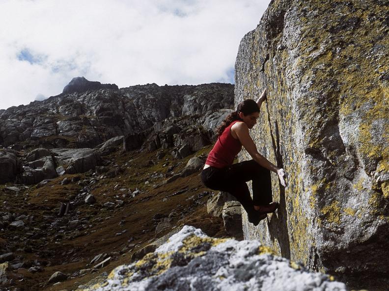 Image 6 - Gotthard Boulder