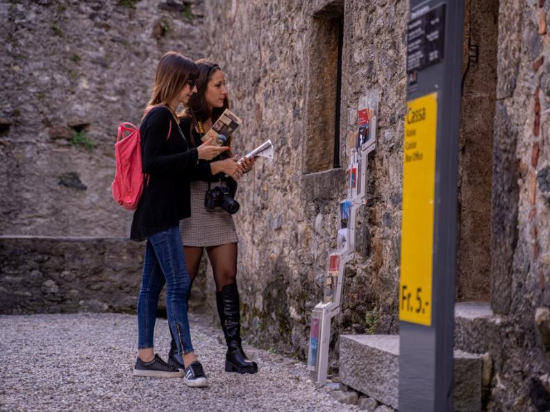 Image 5 - Archeologia Montebello