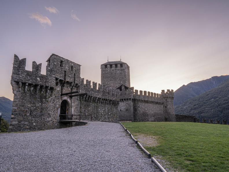 Image 6 - The Castle of Montebello