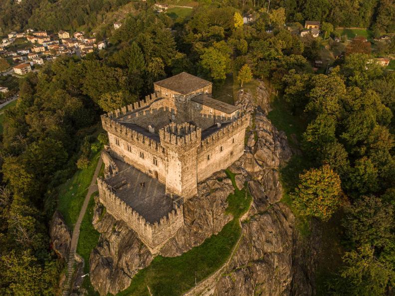 Image 2 - Castello di Sasso Corbaro
