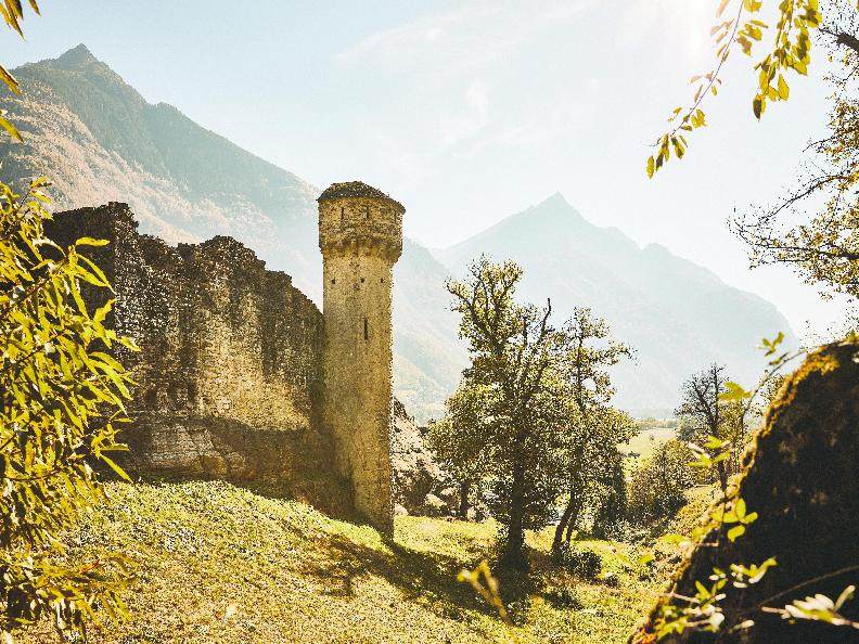 Image 0 - Ruins of the Serravalle Castel