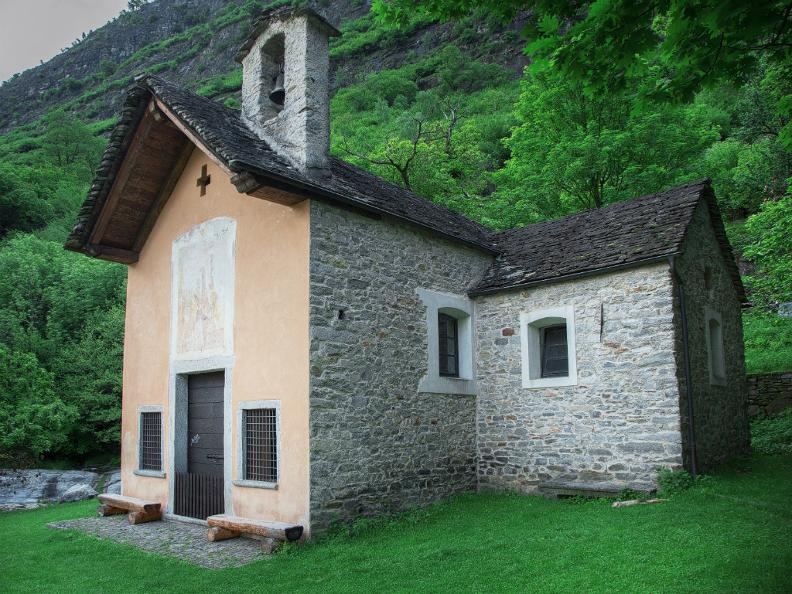 Image 5 - Oratoire de S. Petronilla