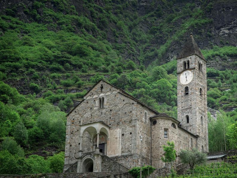Image 0 - Kirche Santi Pietro e Paolo
