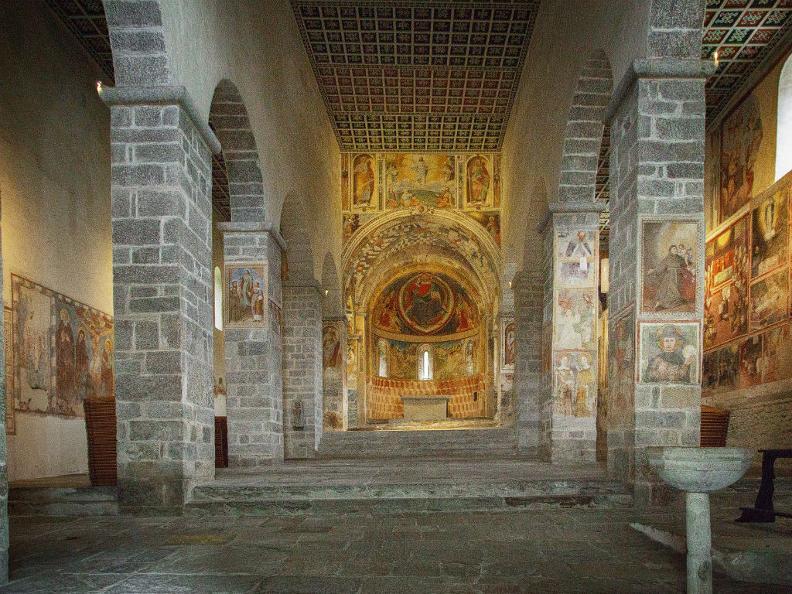 Image 2 - Kirche Santi Pietro e Paolo
