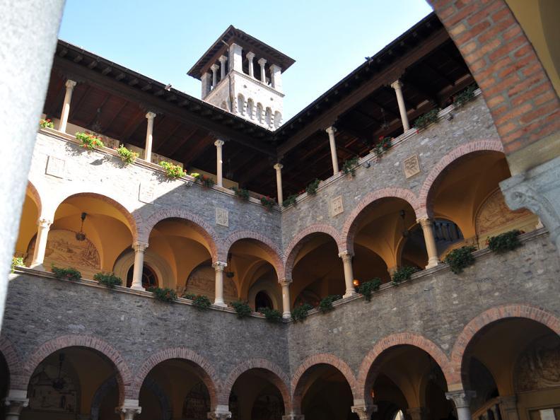 Image 1 - Itinerario culturale: Bellinzona - il centro storico