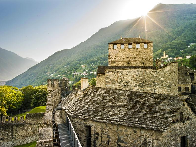 Image 0 - Die Burgen von Bellinzona