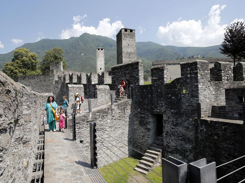 Image 2 - Bellinzona Pass