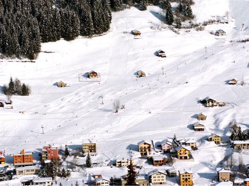 Image 5 - Station de ski Airolo-Lüina