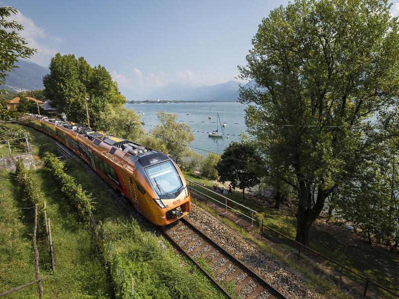 Image 2 - Treno Gottardo - Südostbahn
